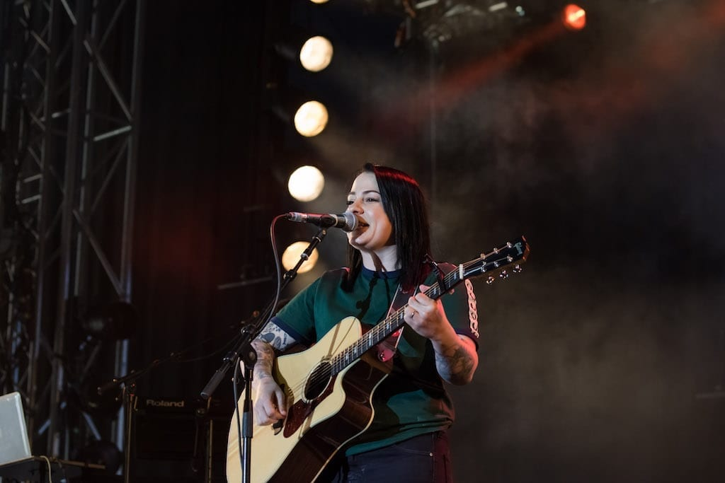 Lucy Spraggan – I hope you don't mind me writing – Isle Of Wight Festival