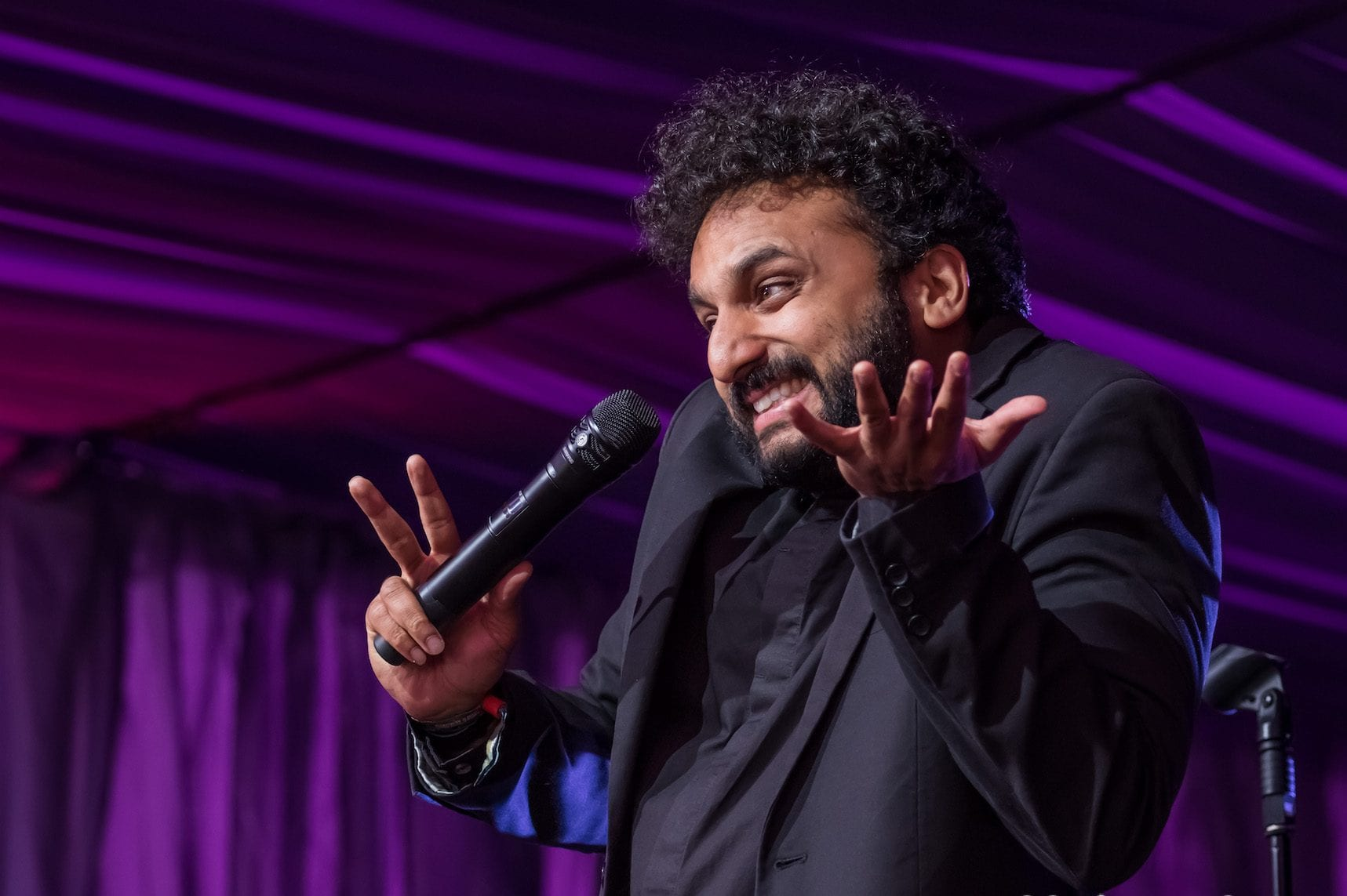 Nish Kumar, Live entertainment photographer, stand up comedy photographer,