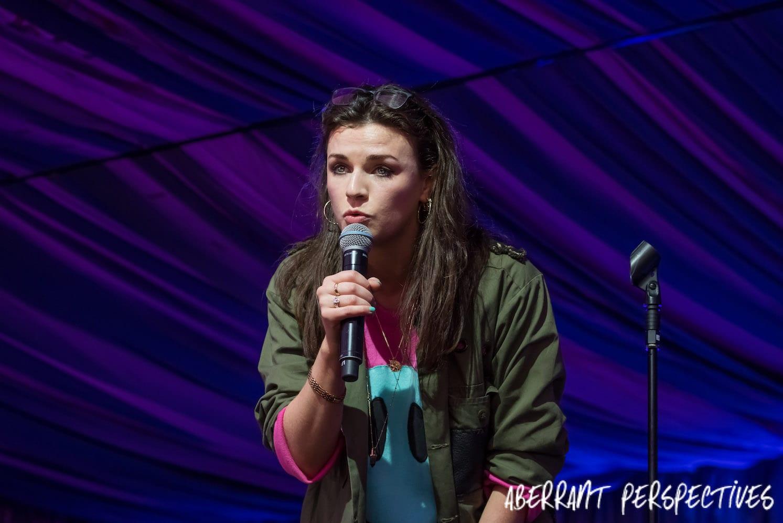Aisling Bea comedian