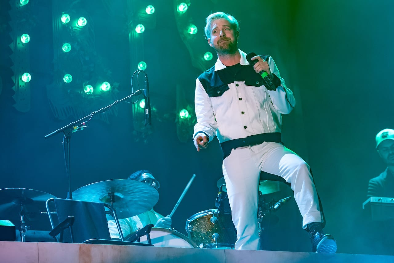 The Kaiser Chiefs, Duck Tour Review. Hull Bonus Arena.
